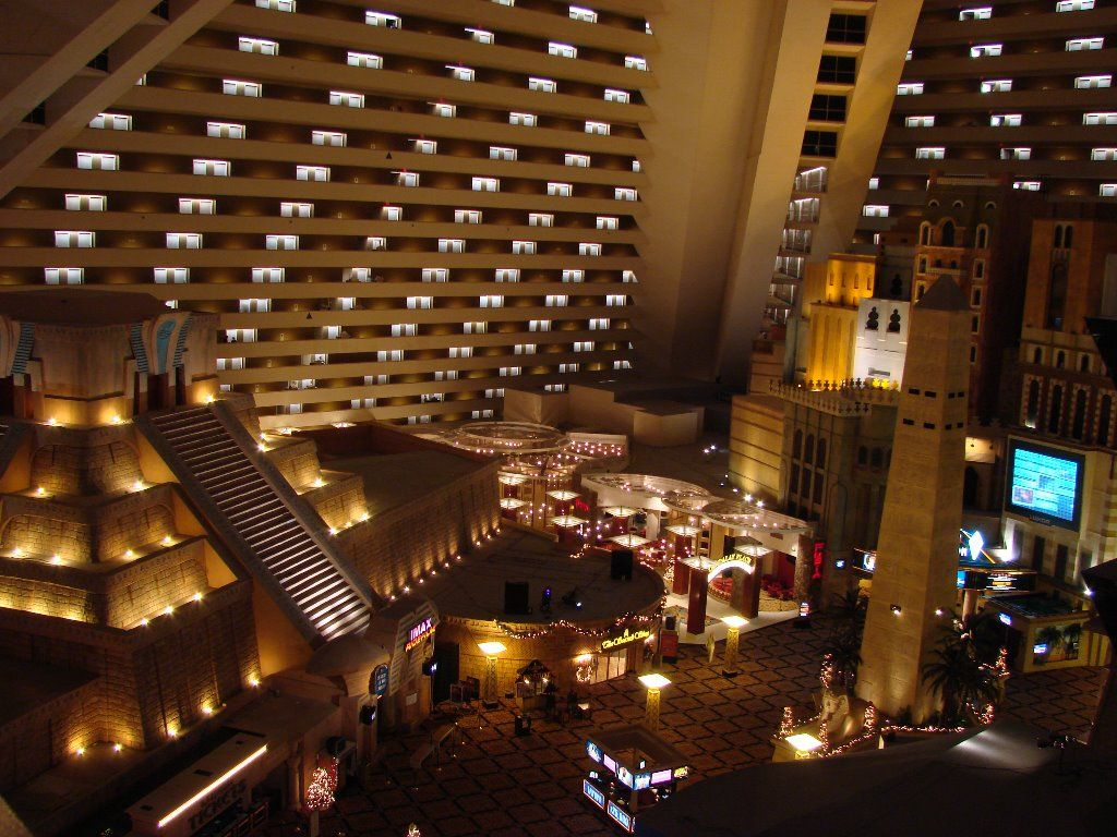 Looking for luxor hotel casino las vegas? casino slot machine video poker games
